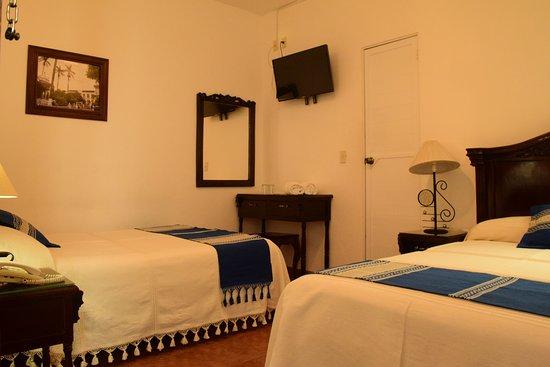 Santiago Tuxtla, Mexico: Excelente habitación doble matrimonial. Comfortable. Todos los servicios.