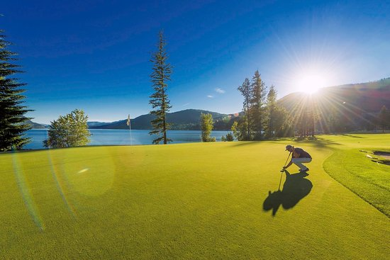 Chase, Canadá: One of our amazing Sunsets on the 18th Hole