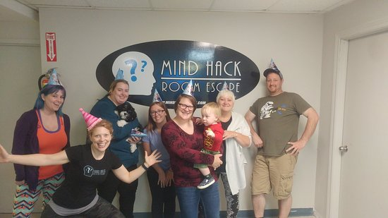 Dartmouth, Canadá: Mind Hack Room Escape is perfect for birthday parties!