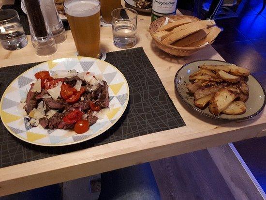 Moodies - Food & Mixology
