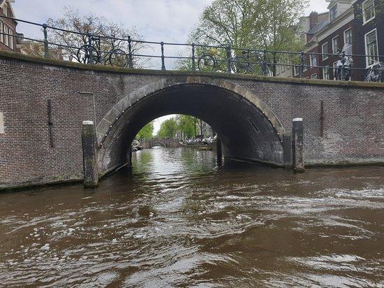 Amsterdam Canal Cruise by Semi-Open Boat ภาพถ่าย