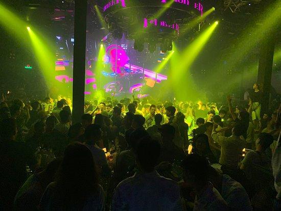 Good Night club in Yangoon - Review of Pioneer Music