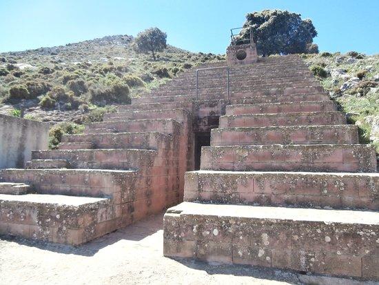 La cueva de Dona Trinidad Grund
