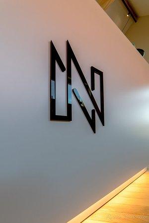 Logo op toonbank