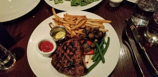 The Keg Steakhouse + Bar Mansion: 12 oz sirloin w bearnaise sauce and fries