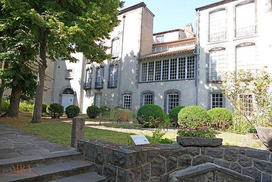 Musee Regional d'Auvergne