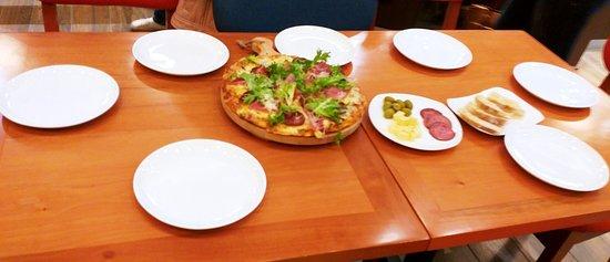 la pizza es increible