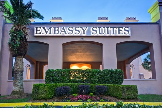 Pool - Picture of Embassy Suites by Hilton Charleston Historic District - Tripadvisor