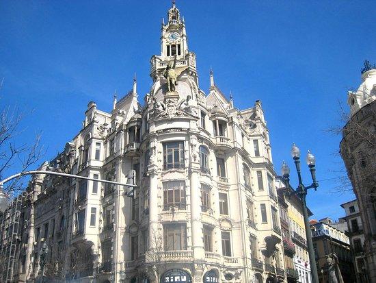 Admirable architecture