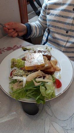 Dejeuner copieux et très bon