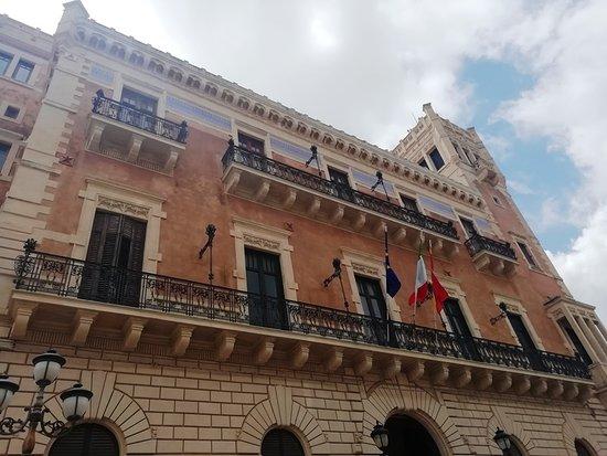 Palazzo Bruno di Belmonte: 外観