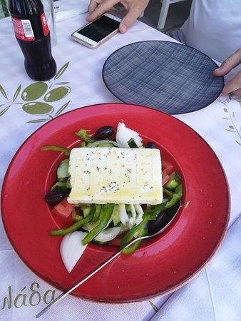 Pyszne jedzenie Sifis Restaurant