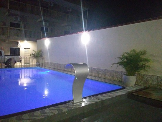 Sao Miguel Do Araguaia: Areá de lazer com piscina e churrasqueira. Diária que cabe no seu bolso.