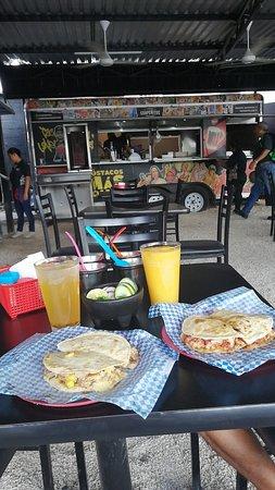 Las mejores coapeñitos en Cancún-Best coapeñitos in Cancún A+