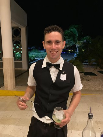 Check out the drinks made by Dariel (in between the lobby and buffet)