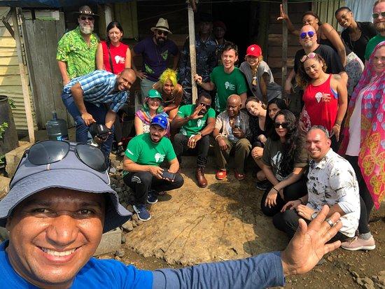 Bioko Island, Guinea Equatoriale: San Antonio de Ureca después del ritual de bienvenida.