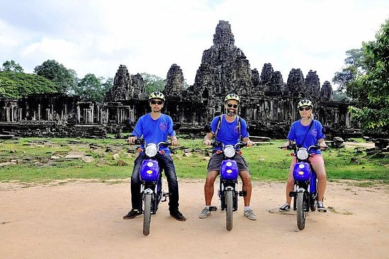 Temple Raiders  - 探索吴哥日出寺电动自行车游览之旅