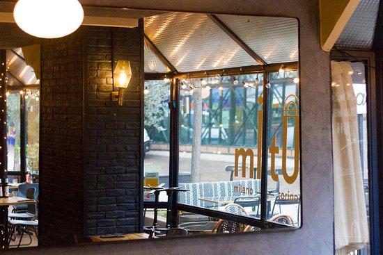 MiTo Levallois - Restaurant italien - pizza - cocktails - pates - antipasti - tiramisu - bio - Naples - Levallois-Perret