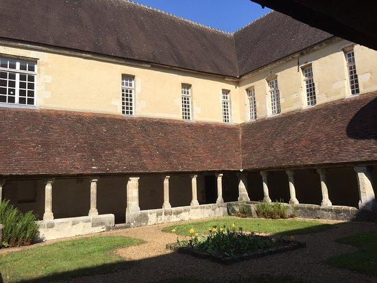 Cloître du Couvent Saint-Francois