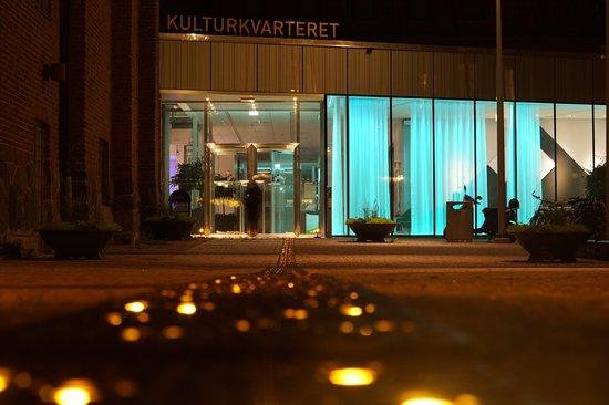 Kulturkvarteret på kvällen