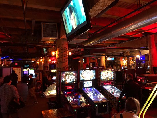 ‪Replay Arcade Bar Lincoln Park‬