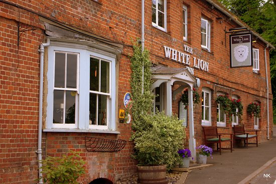 ‪‪Wherwell‬, UK: The White Lion a lovely pub.‬