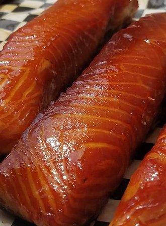 Brookings, Όρεγκον: Fresh Wild Caught House Smoked Salmon
