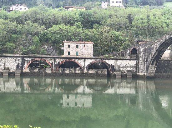 Castelvecchio Pascoli – slika