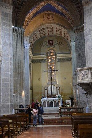 Chiesa di Sant'Andrea e Bartolomeo: ......