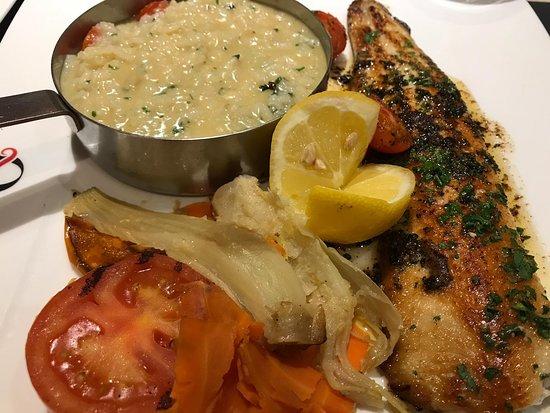 Zaino: filet de pescado con risotto y verduras