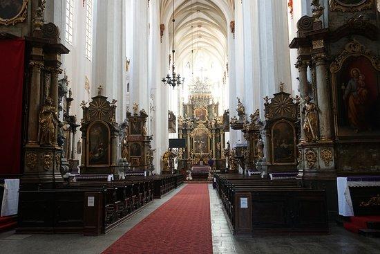 Church of St. Dorothea: Interior da Igreja de Santa Doroteia em estilo barroco.