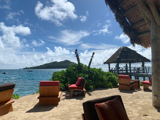 Likuliku Lagoon Resort: Welcome bar.