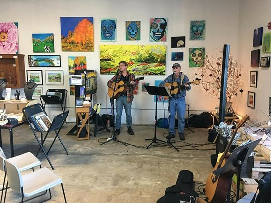 The Milton Artists' Guild: We often have live music for events!