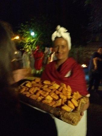 Chascomus, Argentína: Atención de la casa. Tortas fritas!!!!