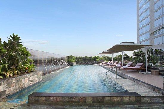 Hyatt Regency Ahmedabad: Pool
