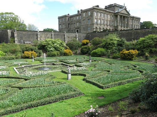 Exploring the gardens...