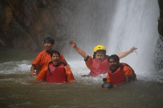 Trishuli River Side Resort: Canyoning Place ,Jalbire