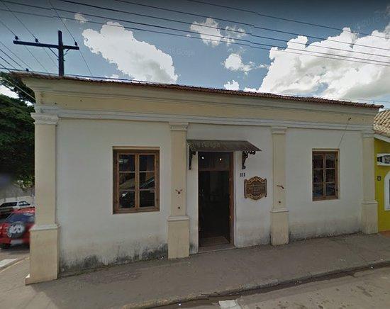 Jarinu, SP: Foto um pouco antiga. Hoje a fachada está mais bonita