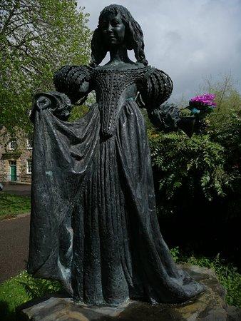 Dulverton, UK: Lorna Doone Statue
