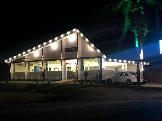 Kolagappara, อินเดีย: Santript Veg Restaurant - the only one of its kind .