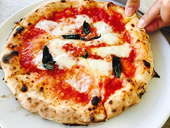 Pizzeria Uka Uka Photo