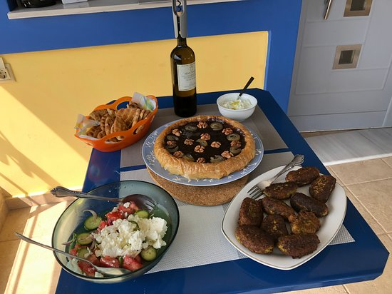 Cooking Classes in Nafplion: A Greek Feast!