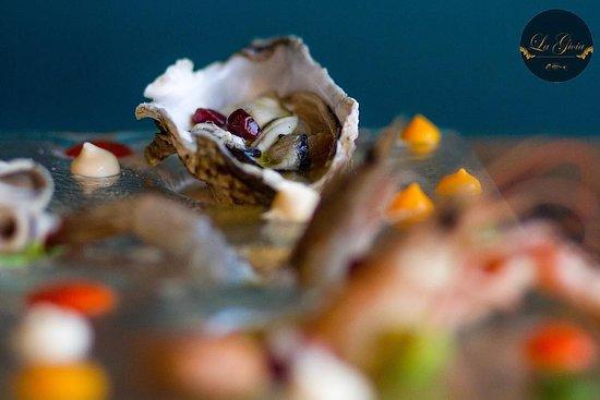 La Gioia Tirane: La Gioia Seafood