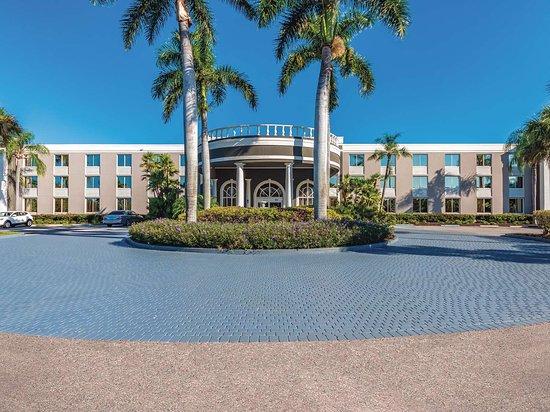 la quinta by wyndham naples downtown florida hotel reviews rh tripadvisor in