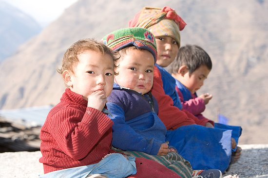 Nepal: To meet kids in mountains, it is amazing...