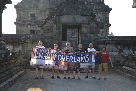 Central Java, Indonezja: Photographer from Turky at Java Bali Overland Phototour