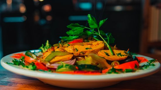 There are many healthy options available at Tahini Kitchen