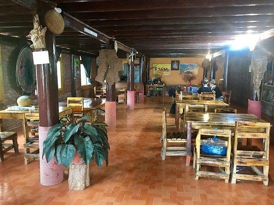 Ta Phin, فيتنام: Dinning area.
