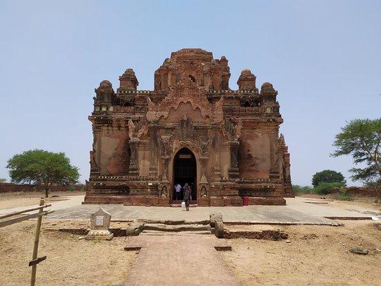 A beautiful temple of Bagan.