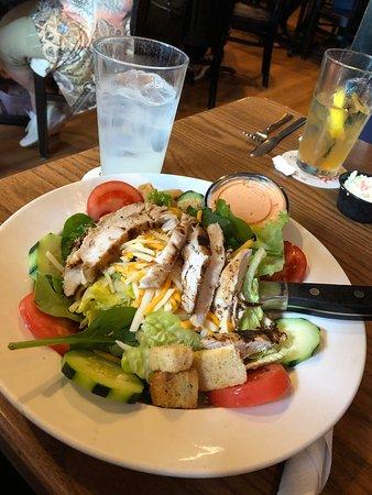 Maxwells Chicken Salad